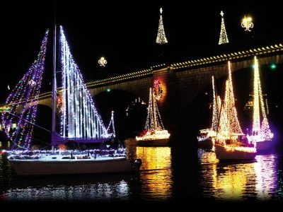 Annual Boat Parade of Lights @ London Bridge